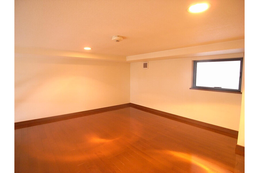 1K Apartment to Rent in Fuchu-shi Bedroom