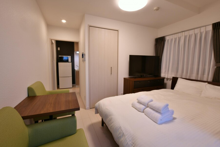 1K Serviced Apartment to Rent in Minato-ku Bedroom
