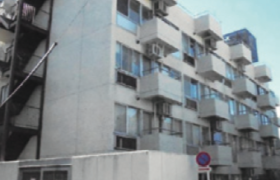 2DK {building type} in Kamiochiai - Shinjuku-ku