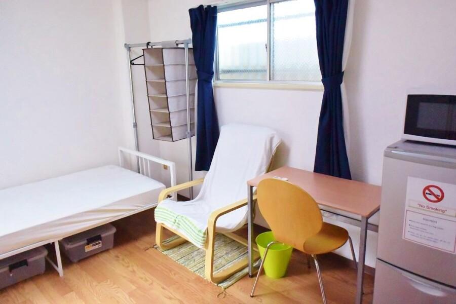 1K Apartment to Rent in Osaka-shi Miyakojima-ku Living Room