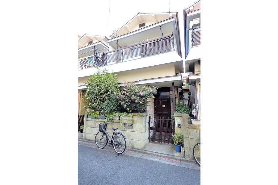3DK House to Buy in Osaka-shi Higashiyodogawa-ku Exterior