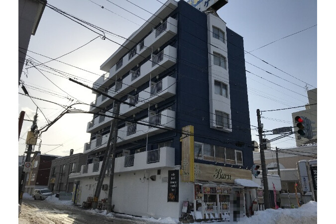 Whole Building Apartment to Buy in Sapporo-shi Nishi-ku Exterior