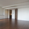 3LDK Apartment to Rent in Chuo-ku Living Room