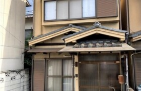 京都市北区 等持院西町 5DK {building type}