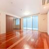 在世田谷區購買3LDK 公寓大廈的房產 起居室