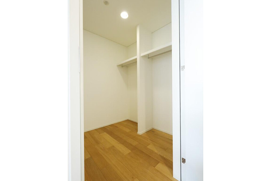 2LDK Apartment to Buy in Shibuya-ku Outside Space