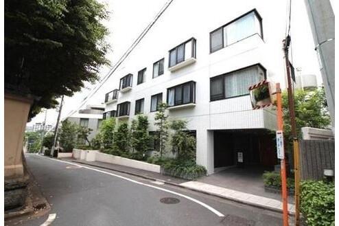 4LDK Apartment to Buy in Shinjuku-ku Exterior