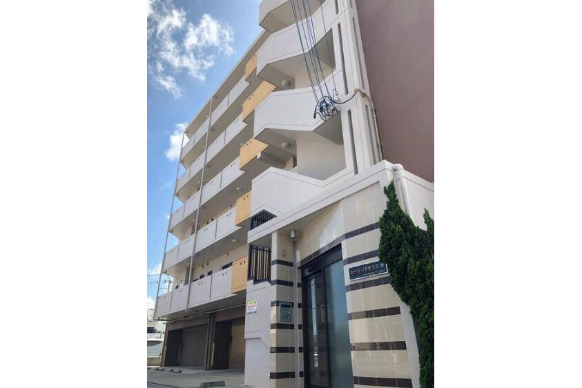 Whole Building Apartment to Buy in Itoman-shi Exterior