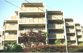 2LDK Apartment in Wakamatsucho - Shinjuku-ku