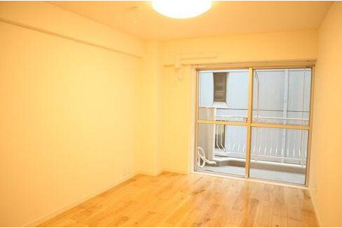 2SLDK Apartment to Buy in Shinagawa-ku Bedroom