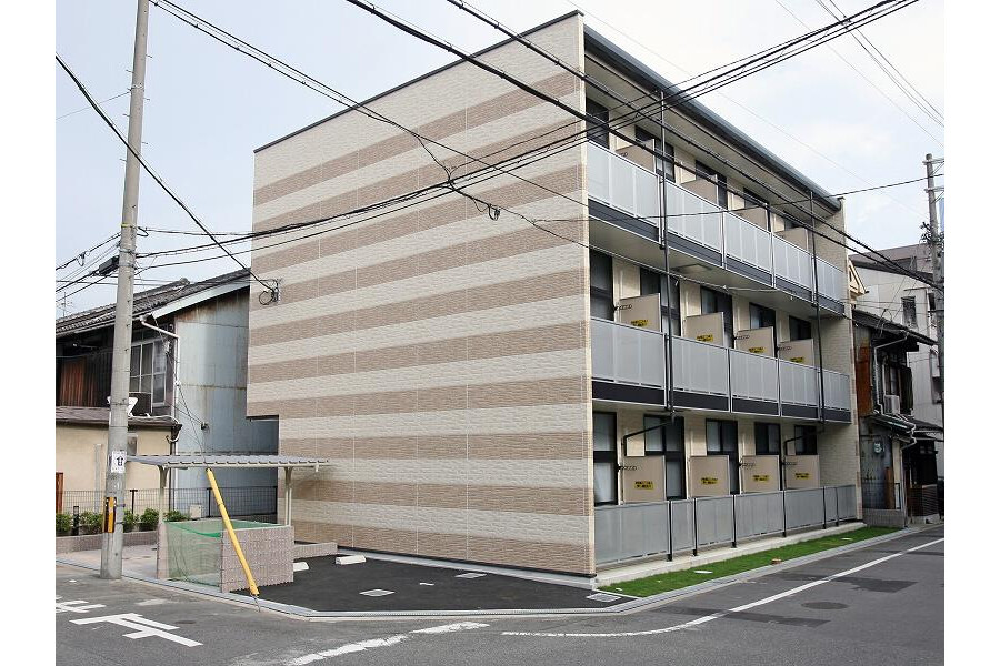 1K Apartment to Rent in Osaka-shi Sumiyoshi-ku Exterior