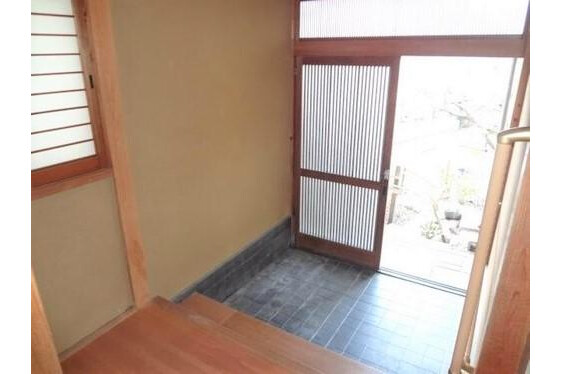 6LDK House to Buy in Kyoto-shi Sakyo-ku Entrance