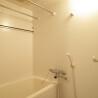 1LDK Apartment to Rent in Chiyoda-ku Shower