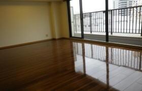 2LDK Apartment in Haraikatamachi - Shinjuku-ku