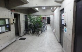 2K {building type} in Minamisemba - Osaka-shi Chuo-ku
