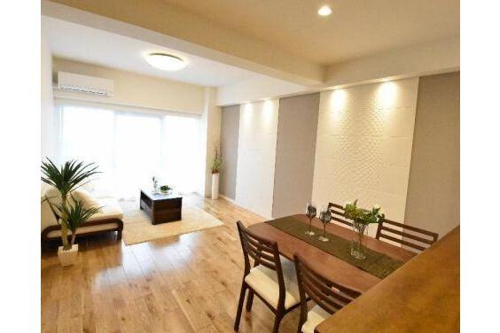 2SLDK Apartment to Buy in Ota-ku Entrance