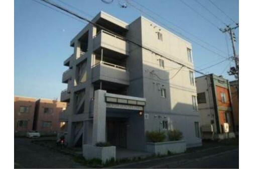 Whole Building Apartment to Buy in Sapporo-shi Kita-ku Exterior