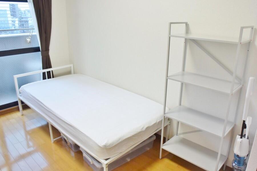 1K Apartment to Rent in Osaka-shi Miyakojima-ku Bedroom