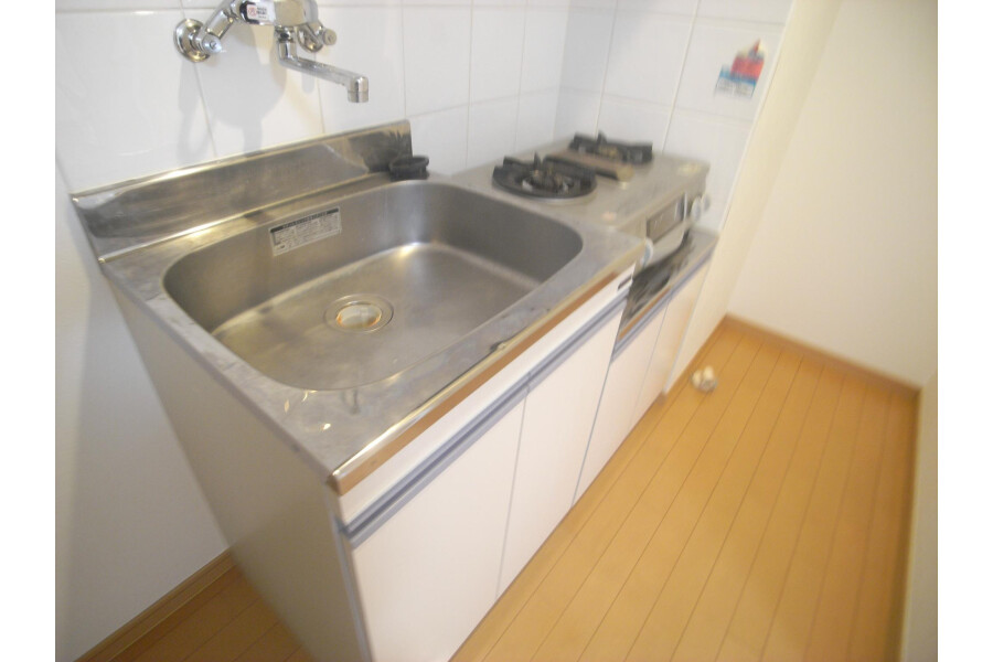 1R Apartment to Rent in Sumida-ku Kitchen