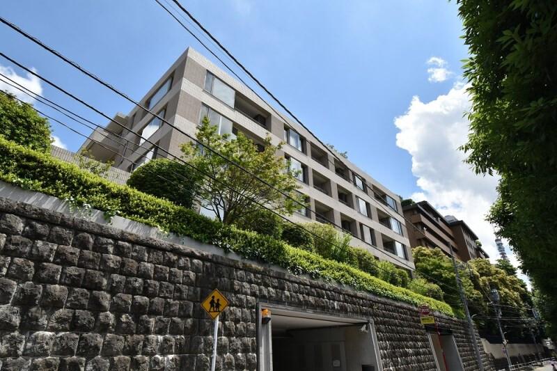在Minato-ku購買2LDK 公寓的房產 戶外