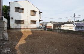 横浜市西区 東久保町 4LDK {building type}