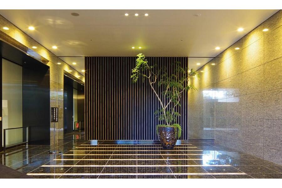 1LDK Apartment to Rent in Shinjuku-ku Shared Facility
