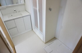 3LDK Apartment in Midorii - Hiroshima-shi Asaminami-ku