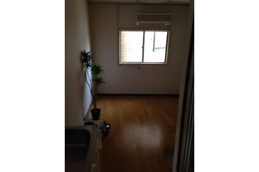 1R Apartment to Rent in Neyagawa-shi Bedroom