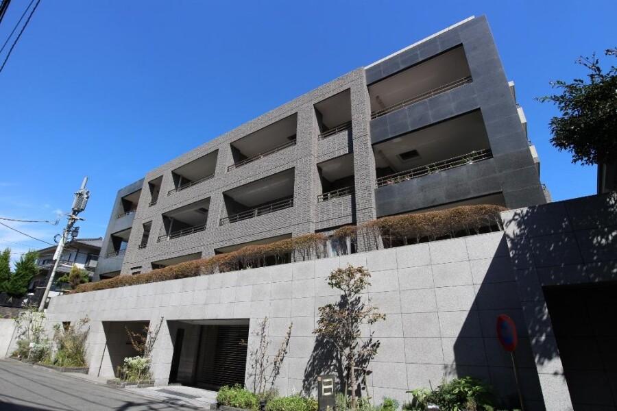 在Kamakura-shi购买2LDK 大厦式公寓的 户外