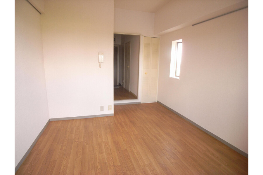 1K Apartment to Rent in Kawasaki-shi Takatsu-ku Bedroom