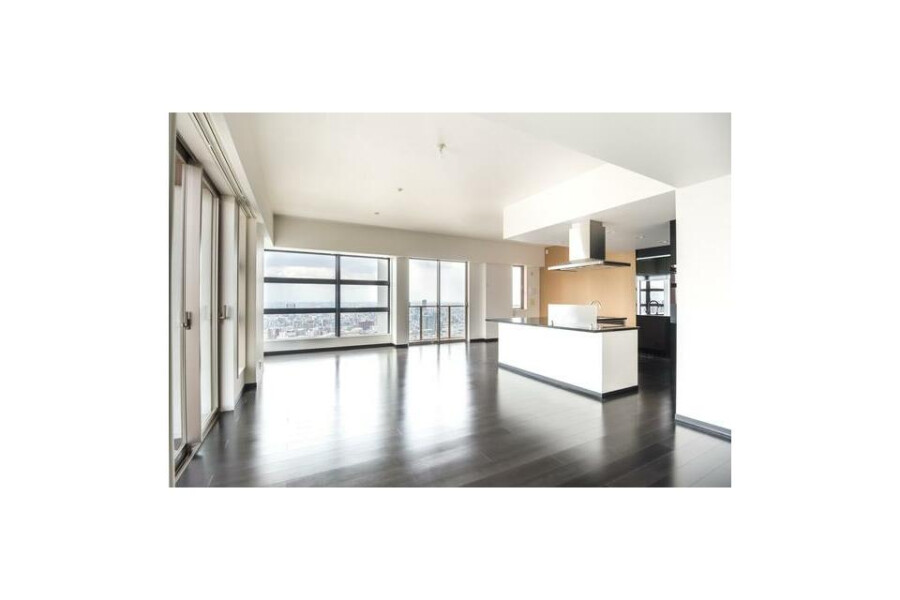3SDK Apartment to Buy in Osaka-shi Fukushima-ku Living Room