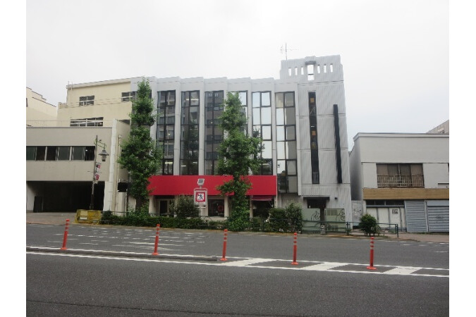Whole Building Retail to Buy in Meguro-ku Exterior
