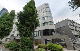 1K {building type} in Jingumae - Shibuya-ku