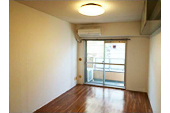 1R Apartment to Buy in Nakano-ku Living Room
