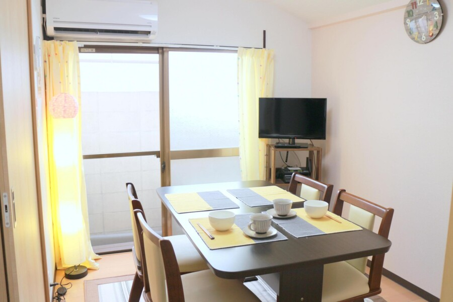 2LDK House to Rent in Shinagawa-ku Living Room