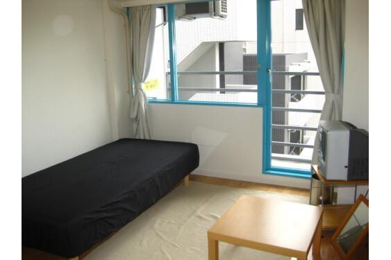 1R Apartment To Rent In Bunkyo Ku Living Room
