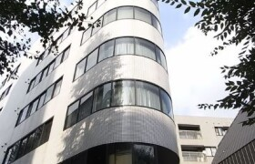1LDK {building type} in Jingumae - Shibuya-ku