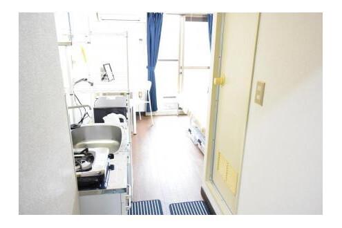 1R Apartment to Rent in Osaka-shi Higashinari-ku Kitchen