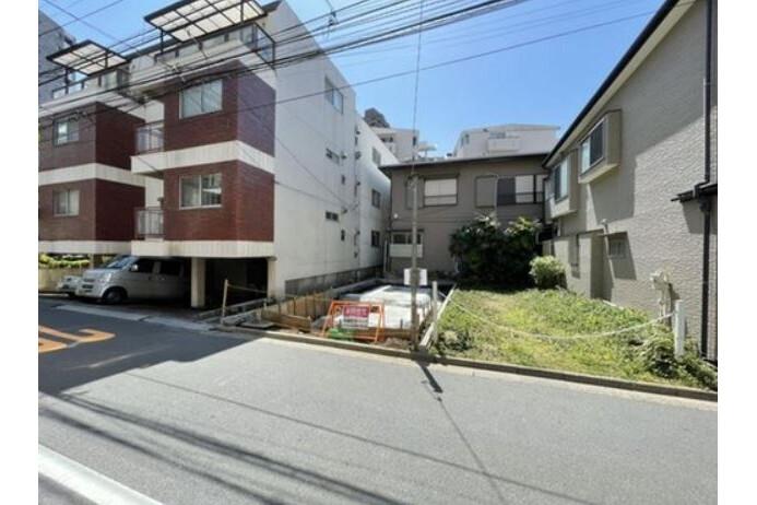 2LDK House to Buy in Shinjuku-ku Exterior