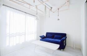 2DK Apartment in Nakatsu - Osaka-shi Kita-ku