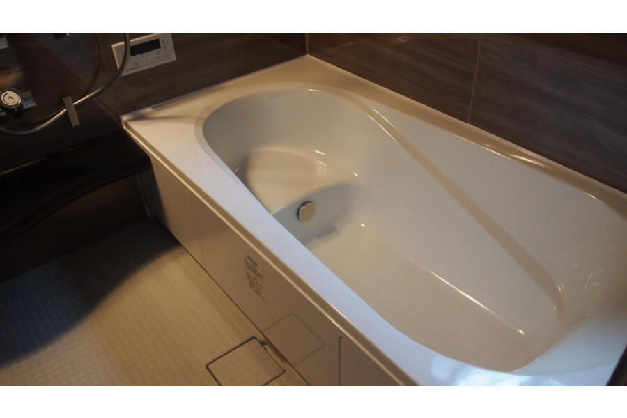 4LDK Apartment to Buy in Ota-ku Bathroom