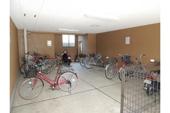 2LDK Apartment to Buy in Kyoto-shi Shimogyo-ku Common Area