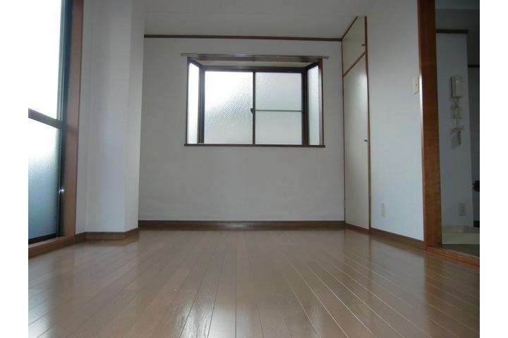 2DK Apartment to Rent in Katsushika-ku Exterior