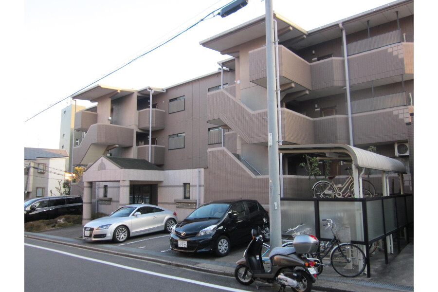 3SLDK Apartment to Rent in Nagoya-shi Chikusa-ku Exterior