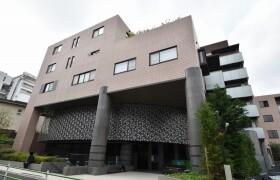 港区 南青山 1LDK {building type}