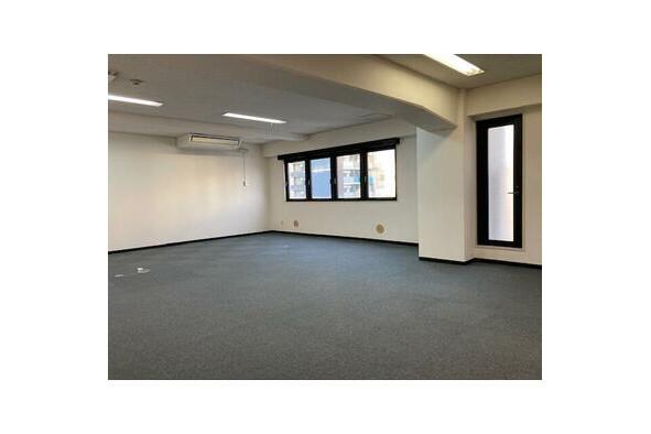 Office Office to Rent in Osaka-shi Chuo-ku Room