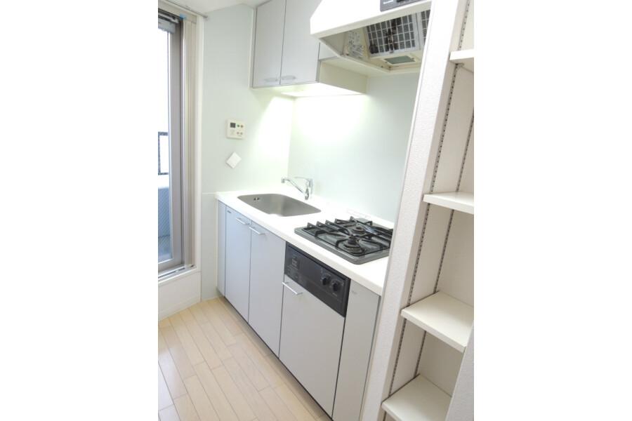 1DK Apartment to Rent in Chiyoda-ku Interior
