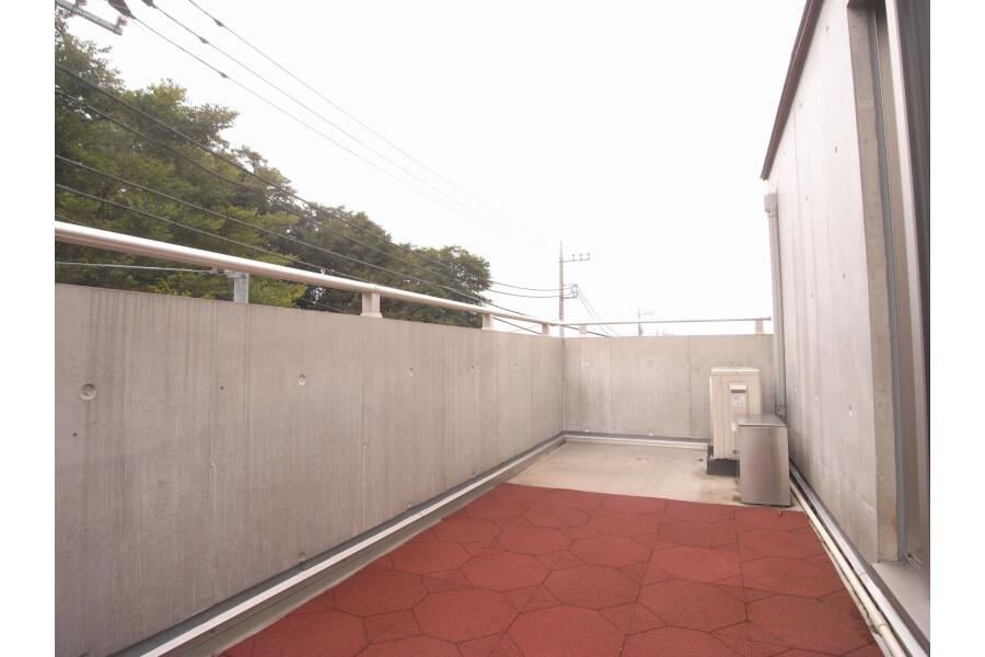 1LDK Apartment to Rent in Setagaya-ku Balcony / Veranda