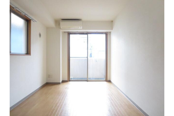 1R Apartment to Rent in Sumida-ku Exterior