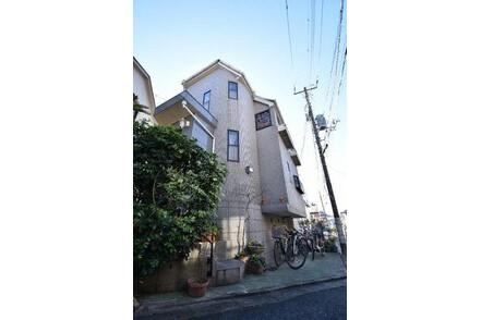 5LDK House to Buy in Meguro-ku Exterior